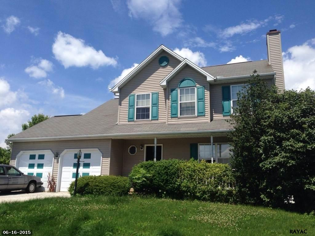 46 Brook Hollow Ave, Felton, PA 17322