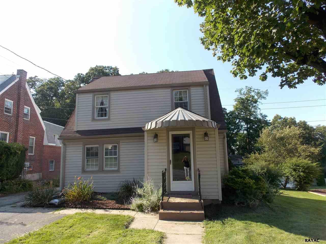 513 Hillcrest Rd, York, PA 17403