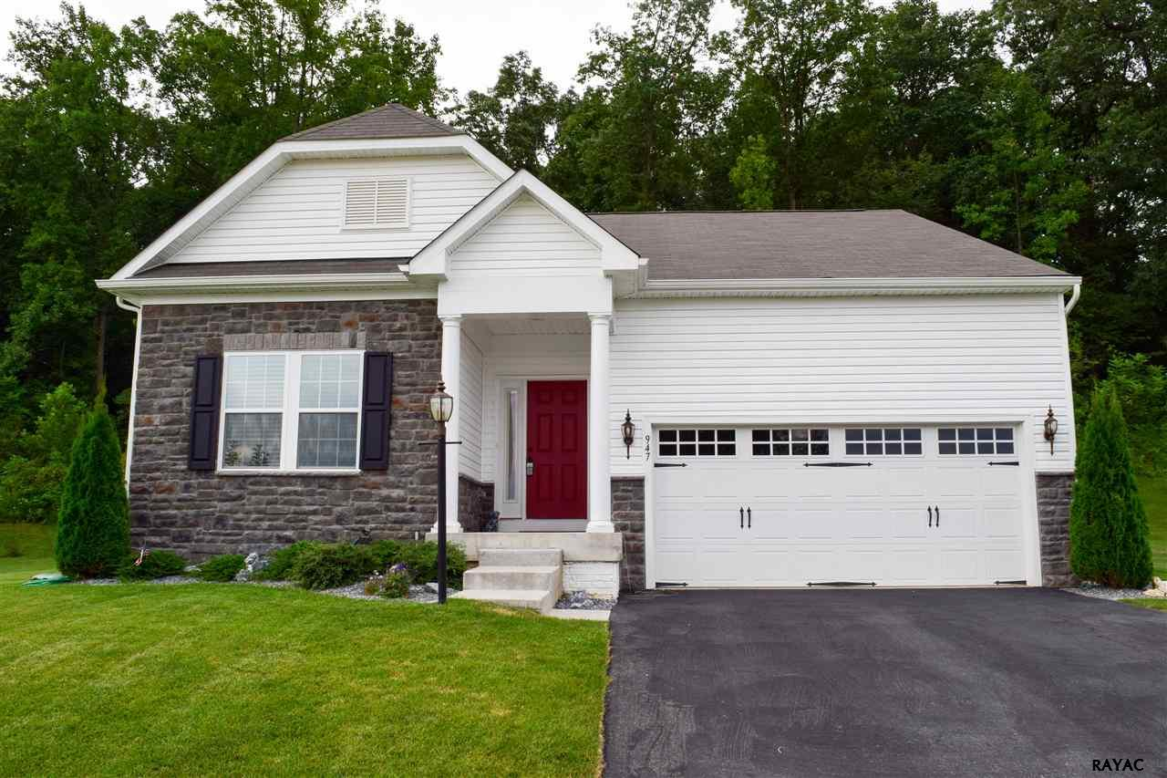 947 Countryside Rd, Seven Valleys, PA 17360