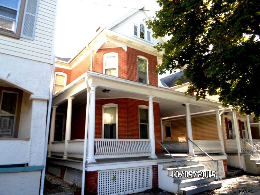 422 Baltimore St, Hanover, PA 17331