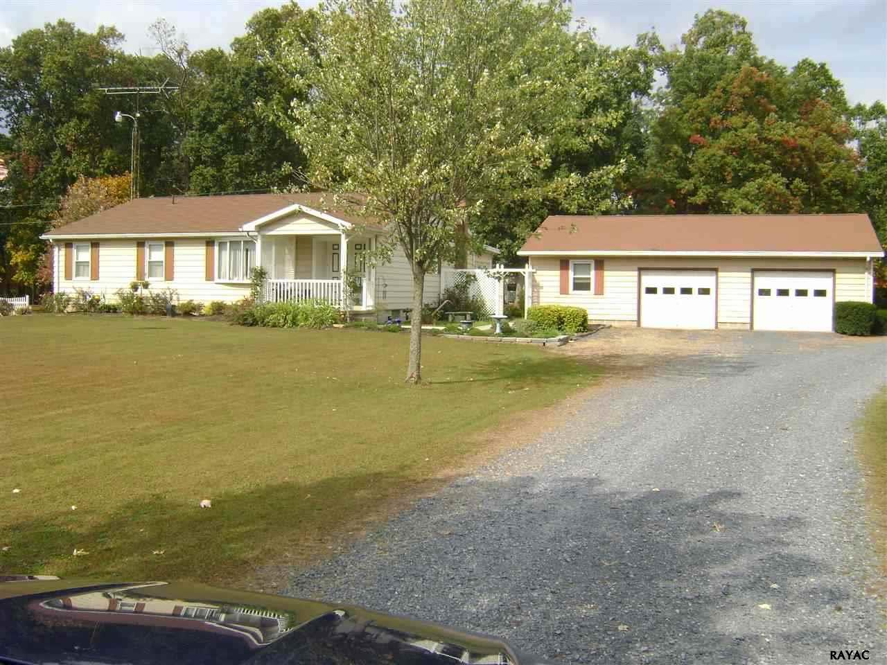 582 Orphanage Rd, Littlestown, PA 17340