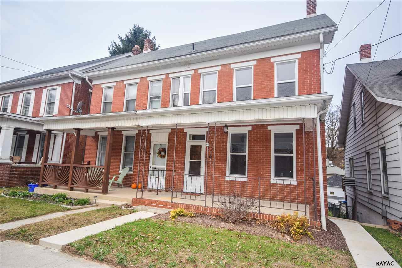 192 W Main St, Windsor, PA 17366