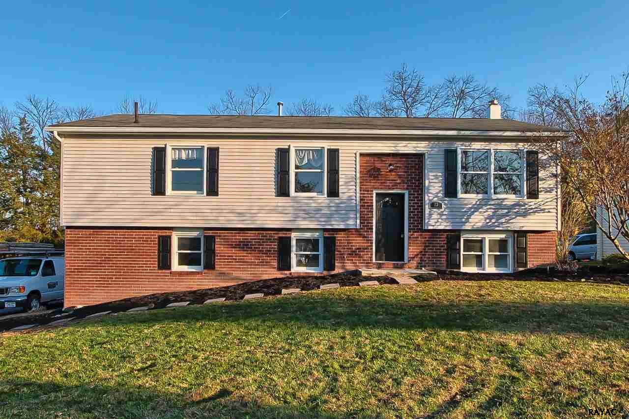23 Curtis Dr, East Berlin, PA 17316