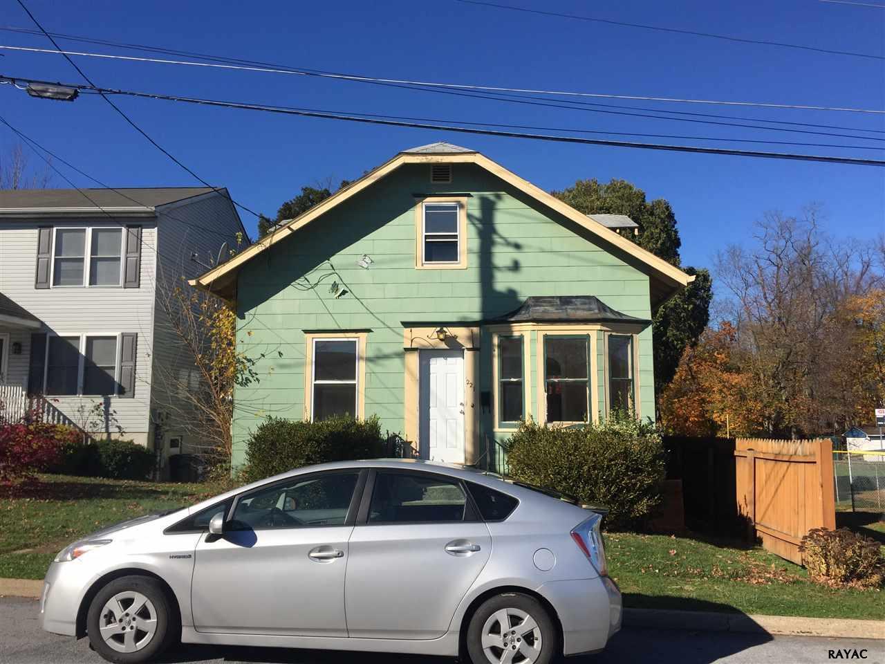 221 12th St, New Cumberland, PA 17070