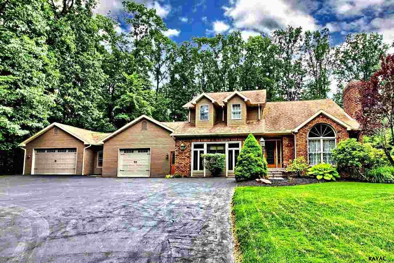 6500 Orefield Rd, Spring Grove, PA 17362