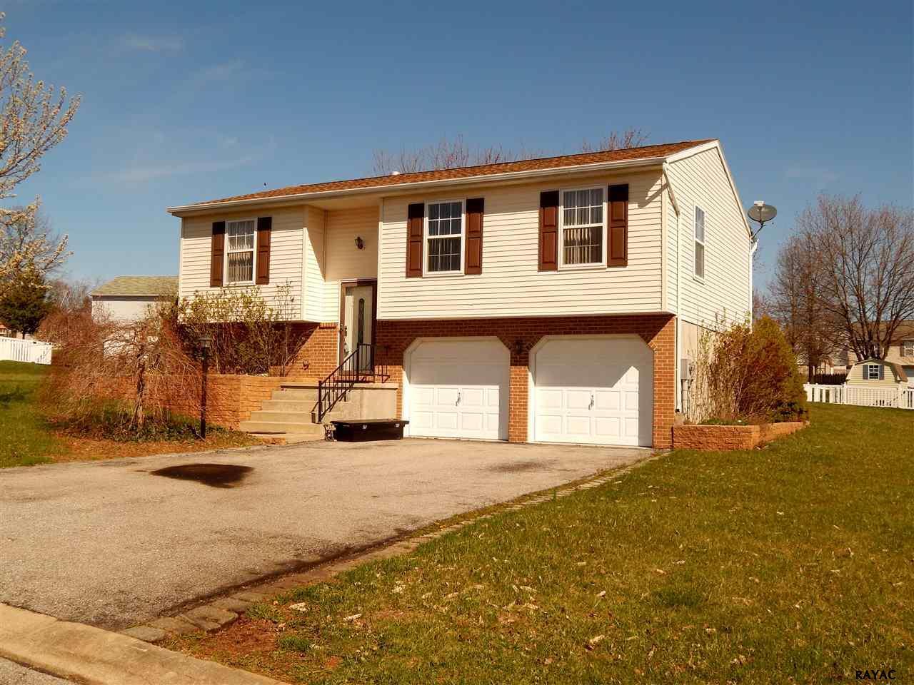 8 Ridgewood Ave, Felton, PA 17322