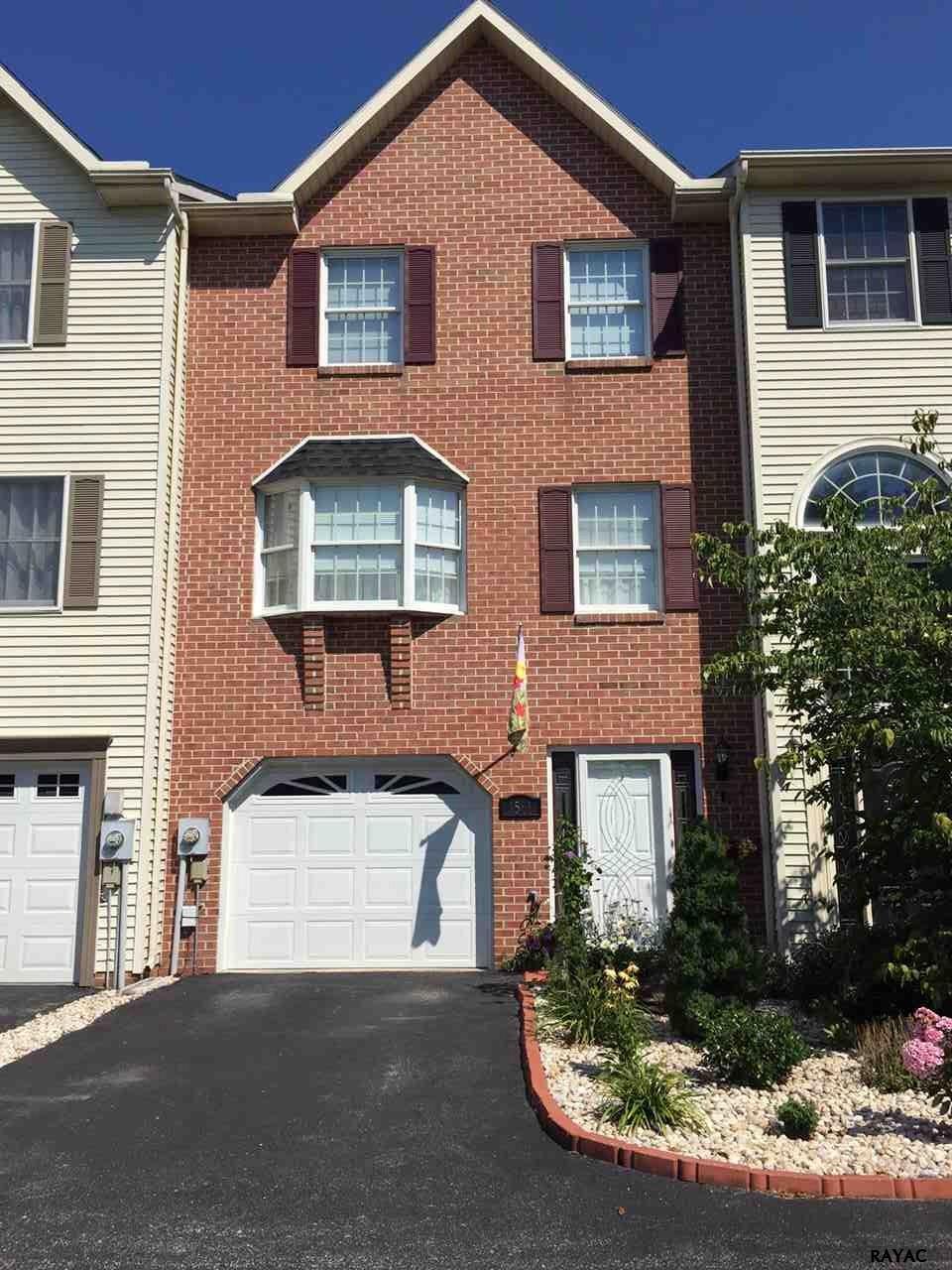 1561 Brechbill Rd, Chambersburg, PA 17202