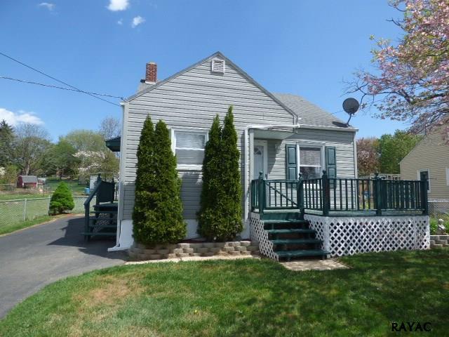 2587 Mayfield St, York, PA 17406