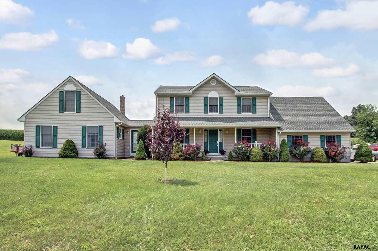 13408 Trout School Rd, Felton, PA 17322