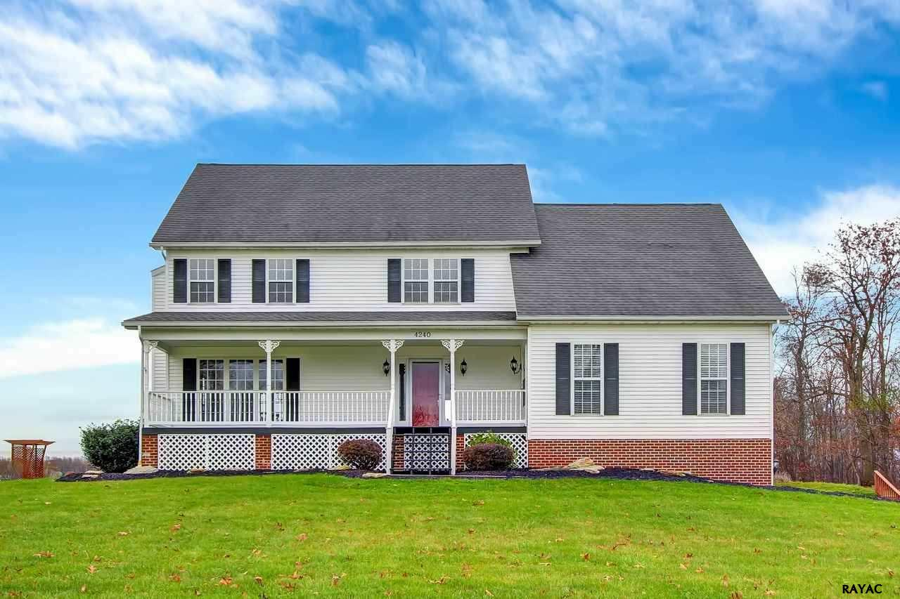 4240 Evergreen Rd, Felton, PA 17322
