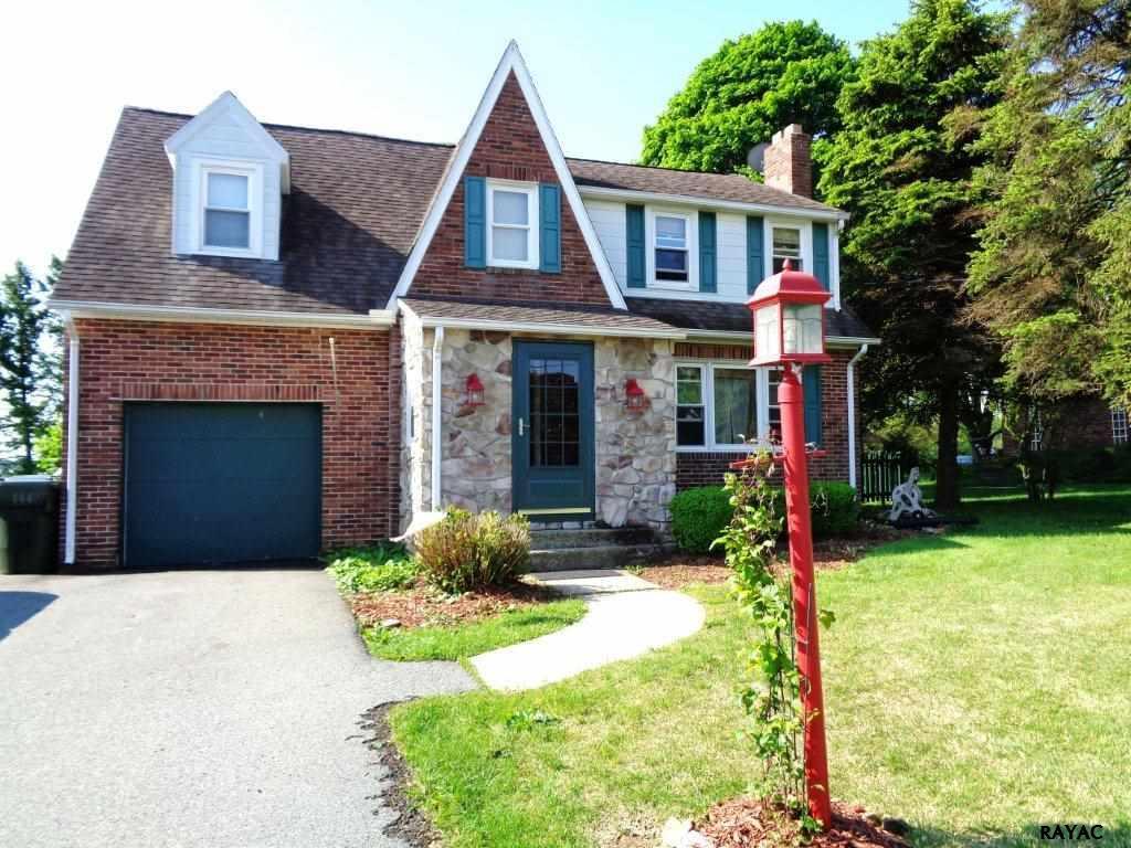450 Manor Rd, Windsor, PA 17366
