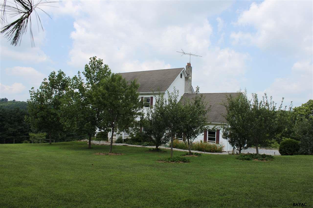 1017 Orchard Rd, New Park, PA 17352