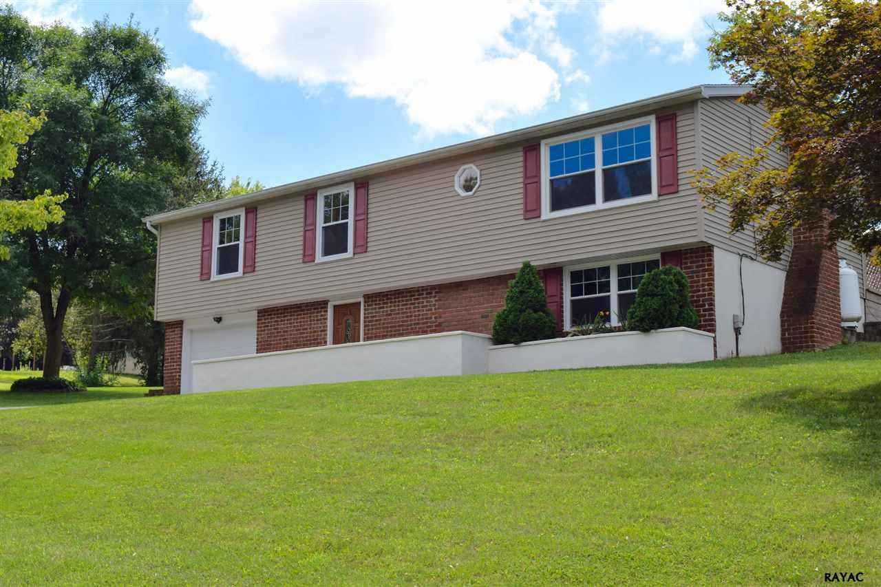 Photo of 701 Franlyn Drive  Dallastown  PA