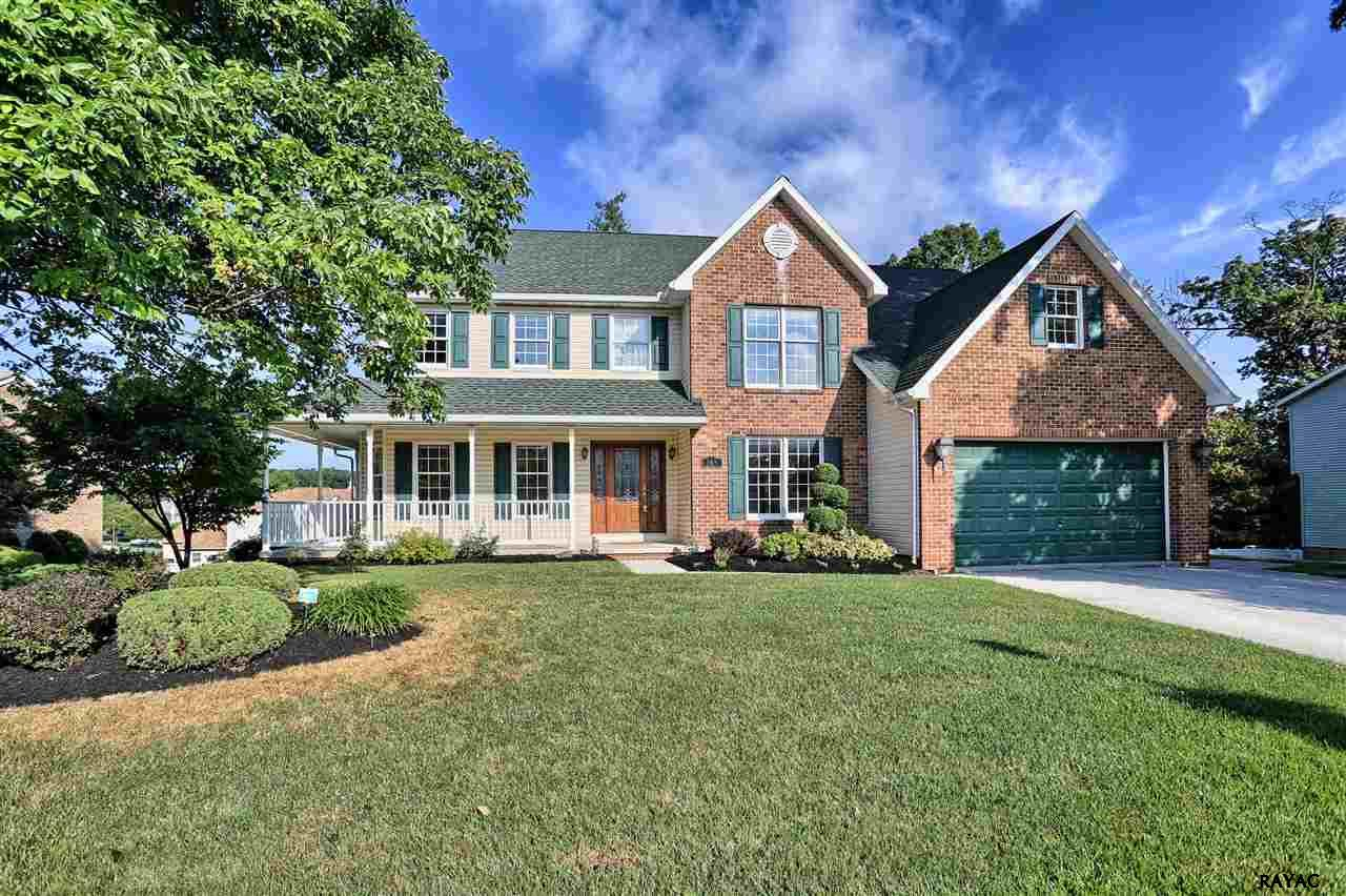 165 Northview Dr, Hanover, PA 17331