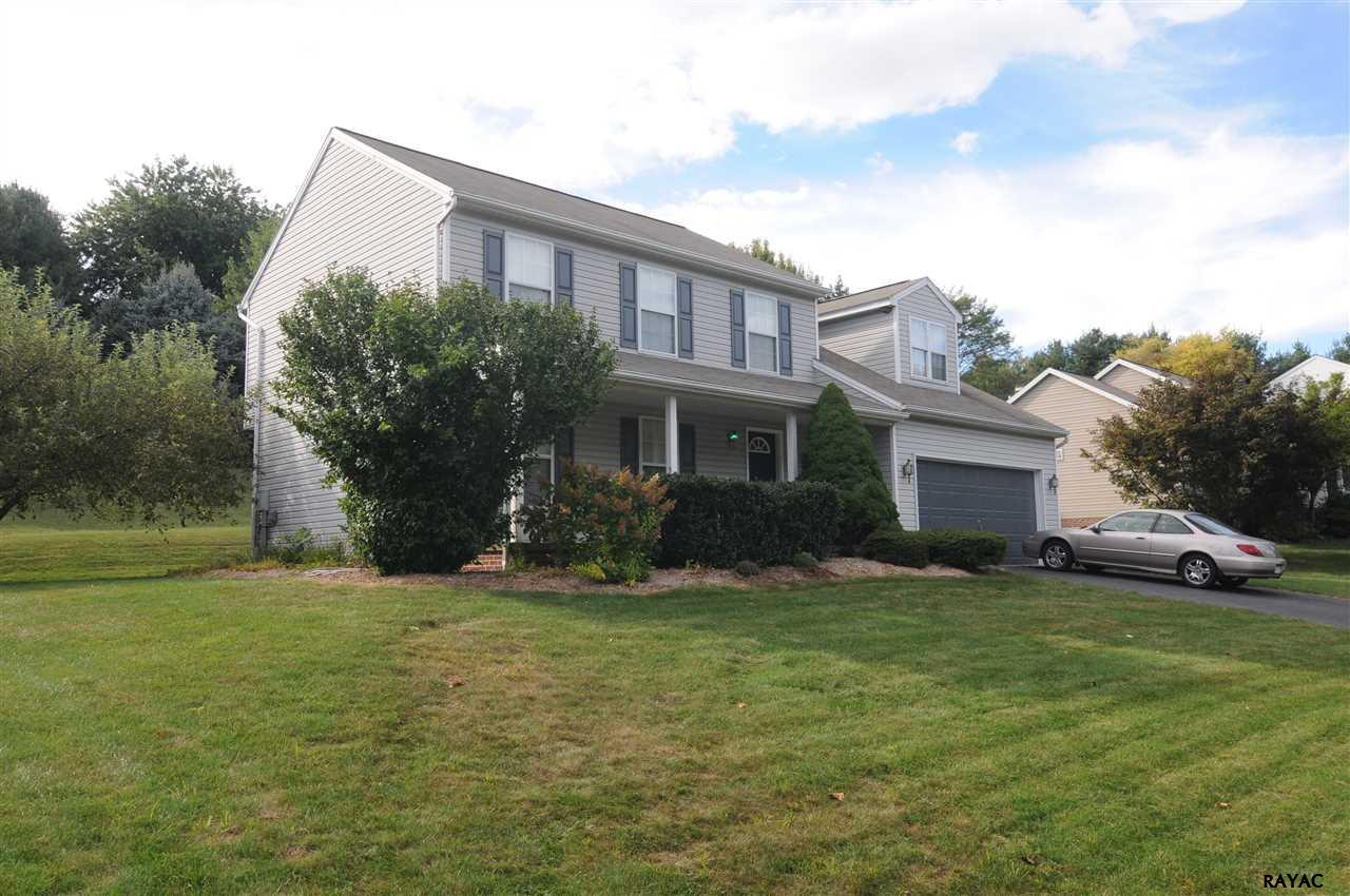 16 Meadow St, New Freedom, PA 17349