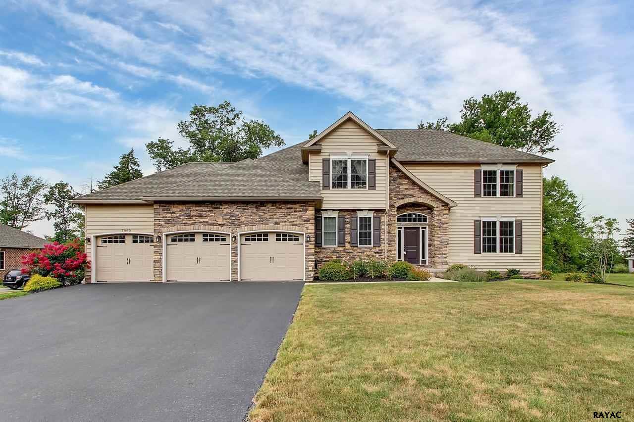 7665 Green Ridge Ln, Abbottstown, PA 17301