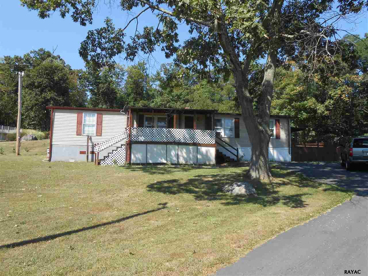 125 Clapsaddle Rd, Gettysburg, PA 17325