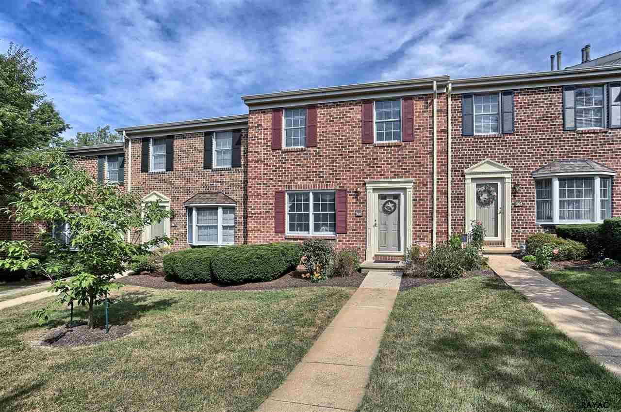 906 Chambers Rdg, York, PA 17402