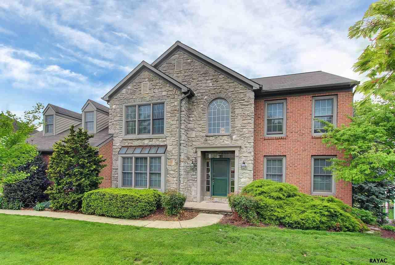864 Heritage Hills Dr, York, PA 17402
