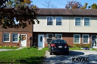 33 Commerce St, New Oxford, PA 17350