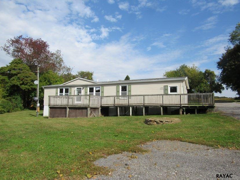 1015 White Oak Rd, Windsor, PA 17366