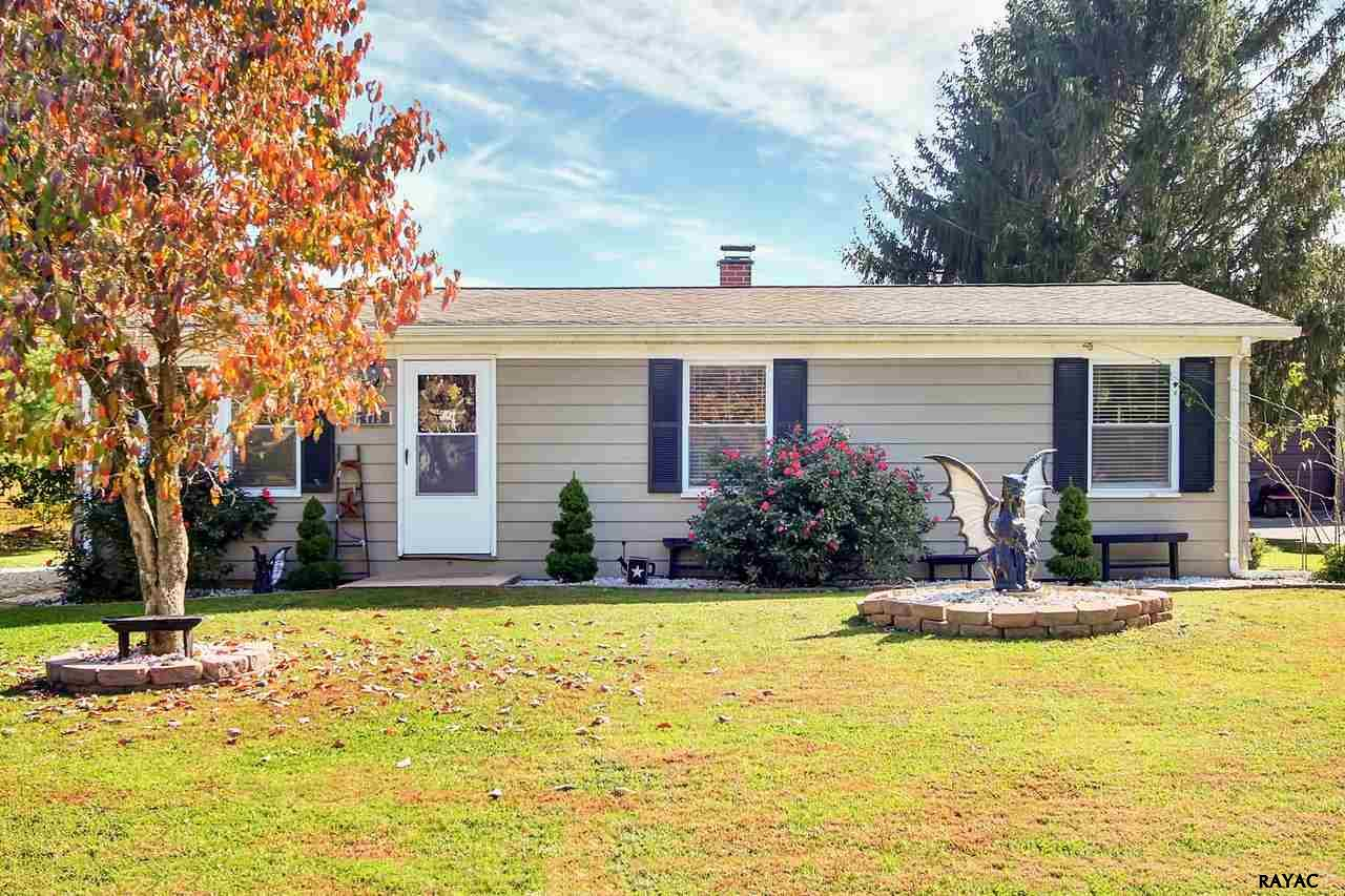 Photo of 475 Lincolnway Dr  York  PA