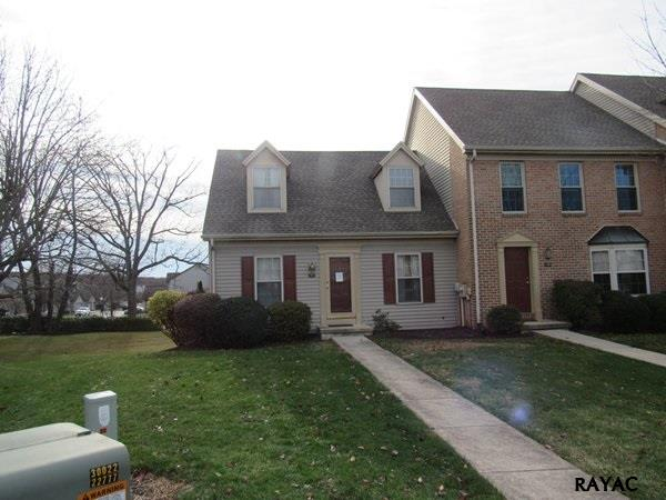 Photo of 142 Crown Pointe Dr  York  PA