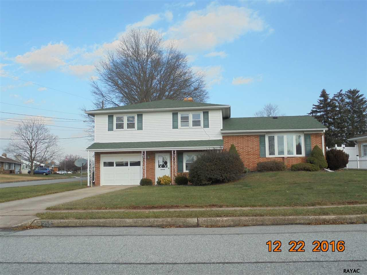 Photo of 255 S Fourth Street  Mount Wolf  PA