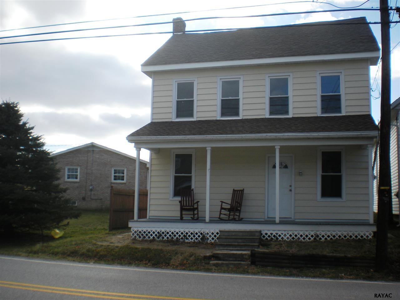 1270 Porters Rd, Spring Grove, PA 17362