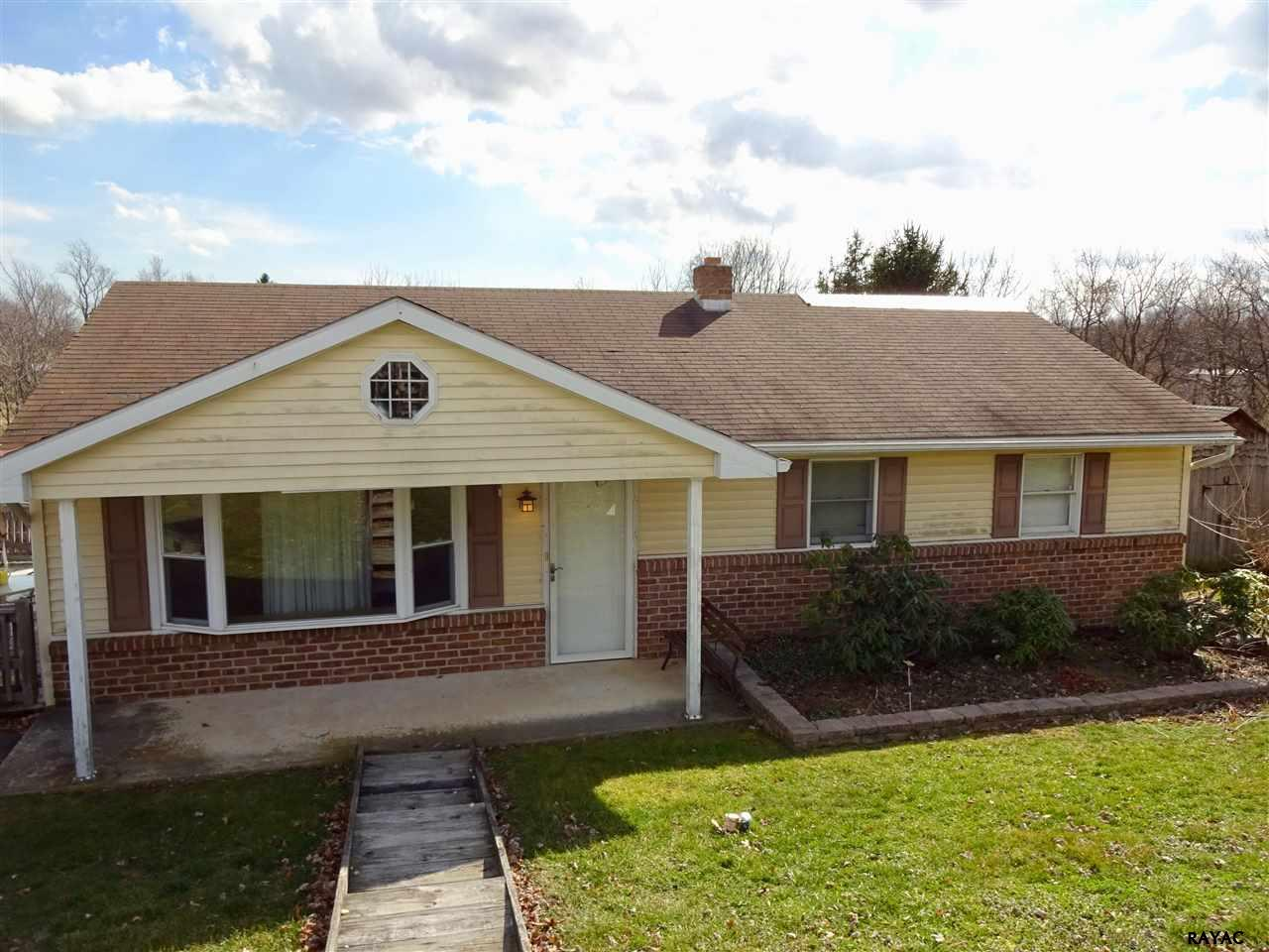 Photo of 3029 Faith Ln  Red Lion  PA