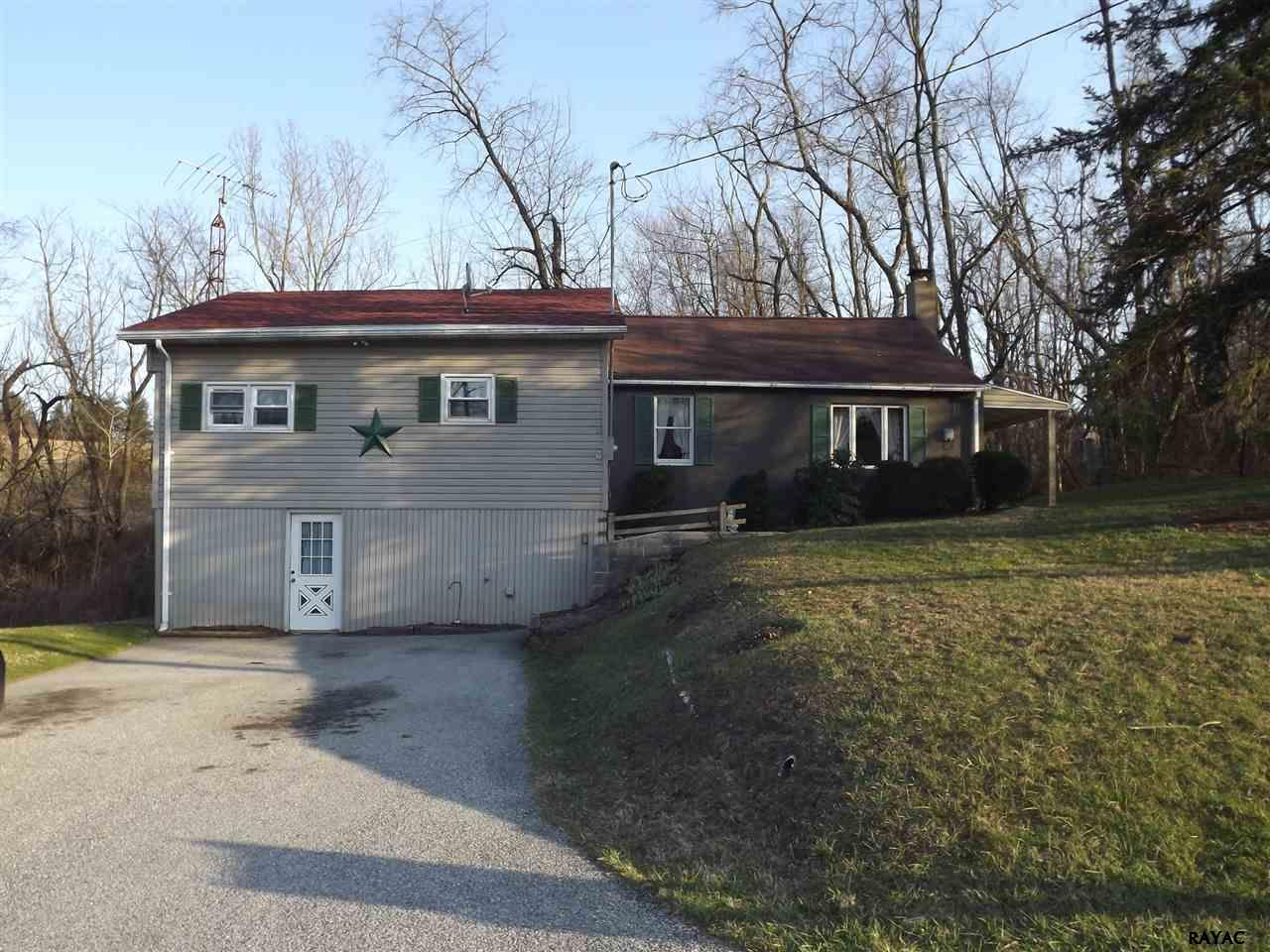 775 Bahns Mill Rd, Red Lion, PA 17356