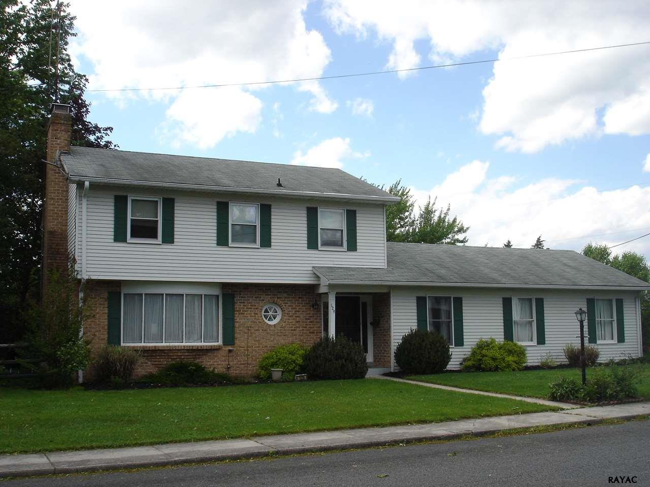 129 Rodes Ave, Gettysburg, PA 17325