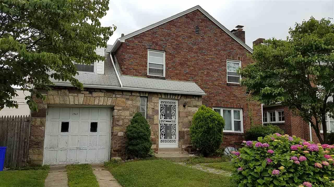 Photo of 2947 N 6th Street  Harrisburg  PA