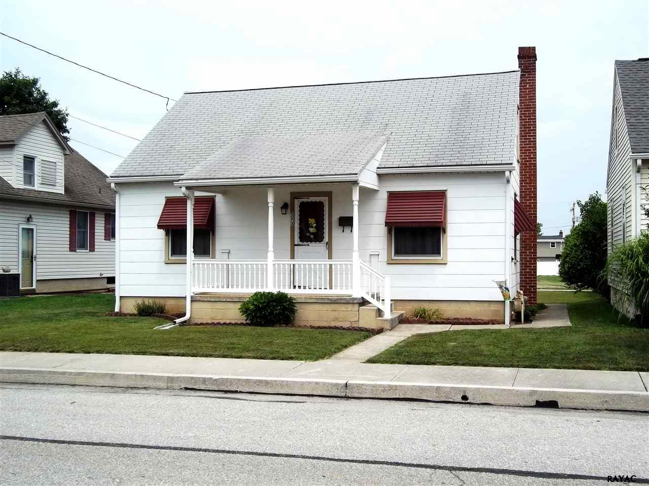 Photo of 373 Maple Ave  Hanover  PA