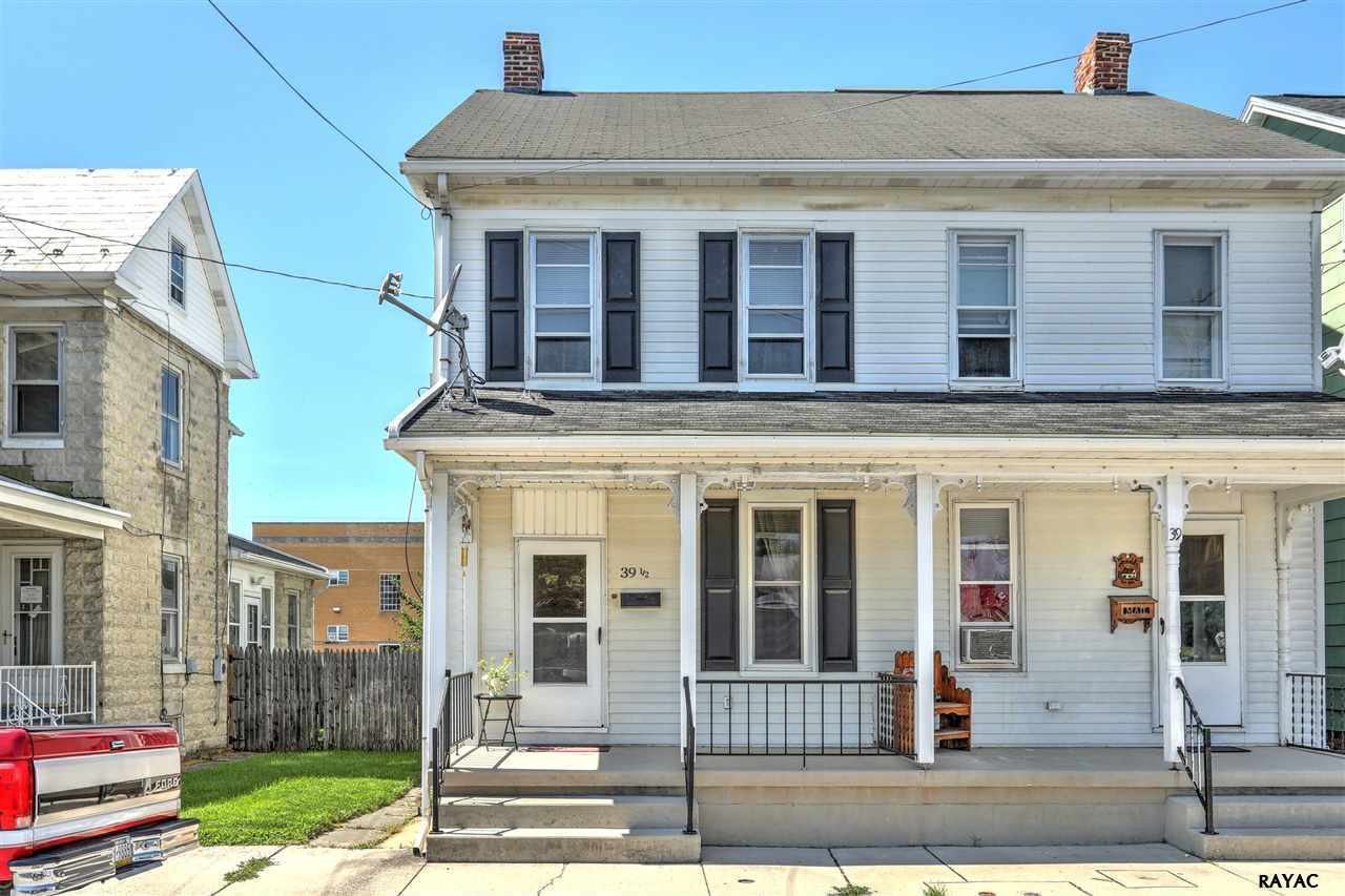 Photo of 39 12 W Middle St  Hanover  PA