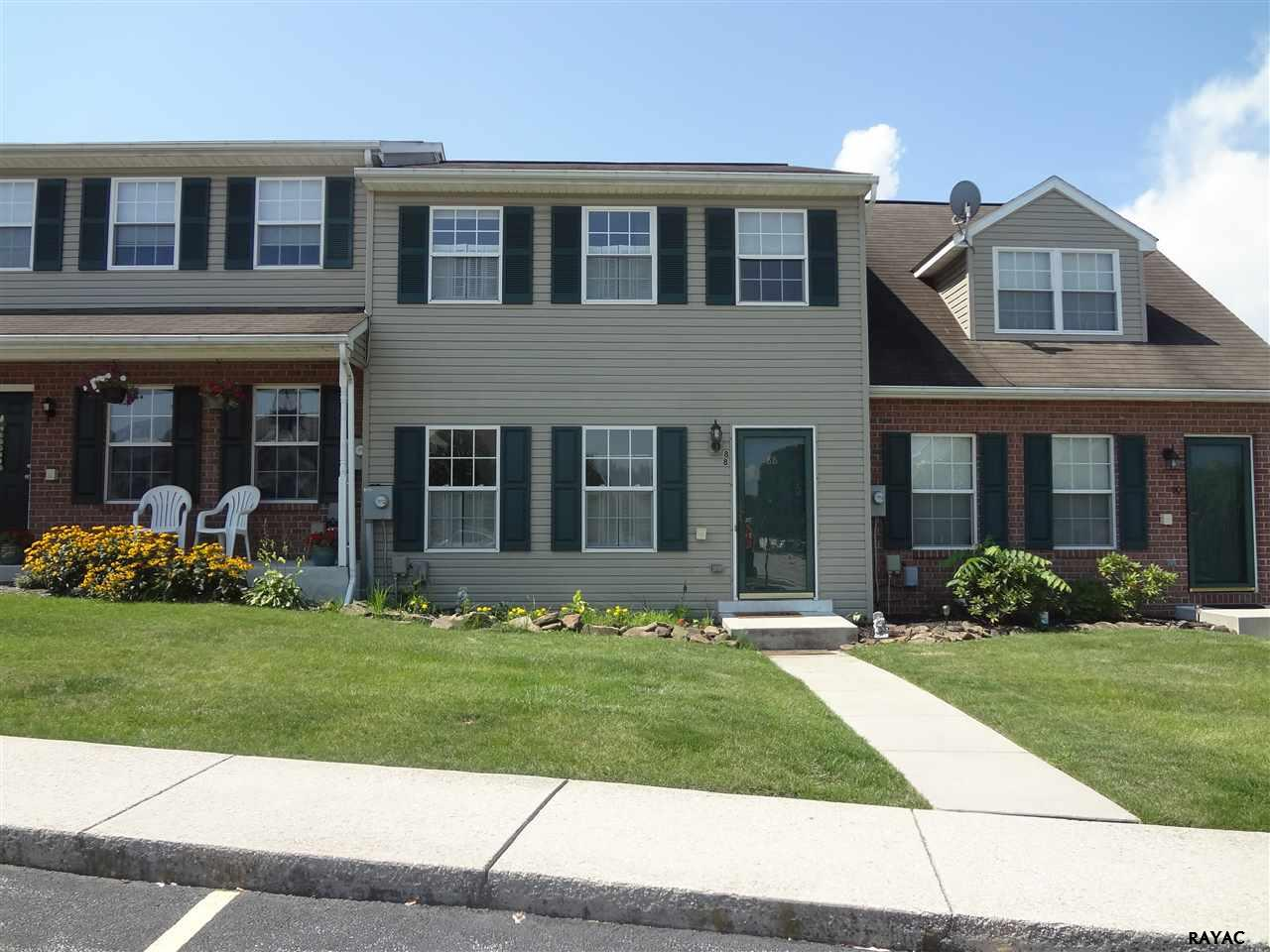 Photo of 88 Fiddler Dr  New Oxford  PA
