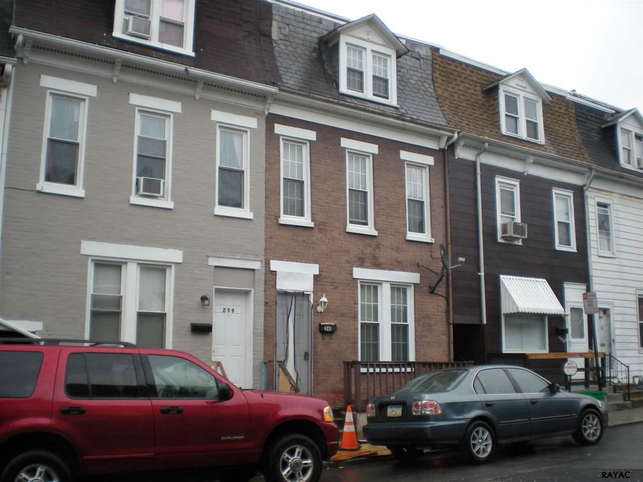 Photo of 261 S Albemarle St  York  PA