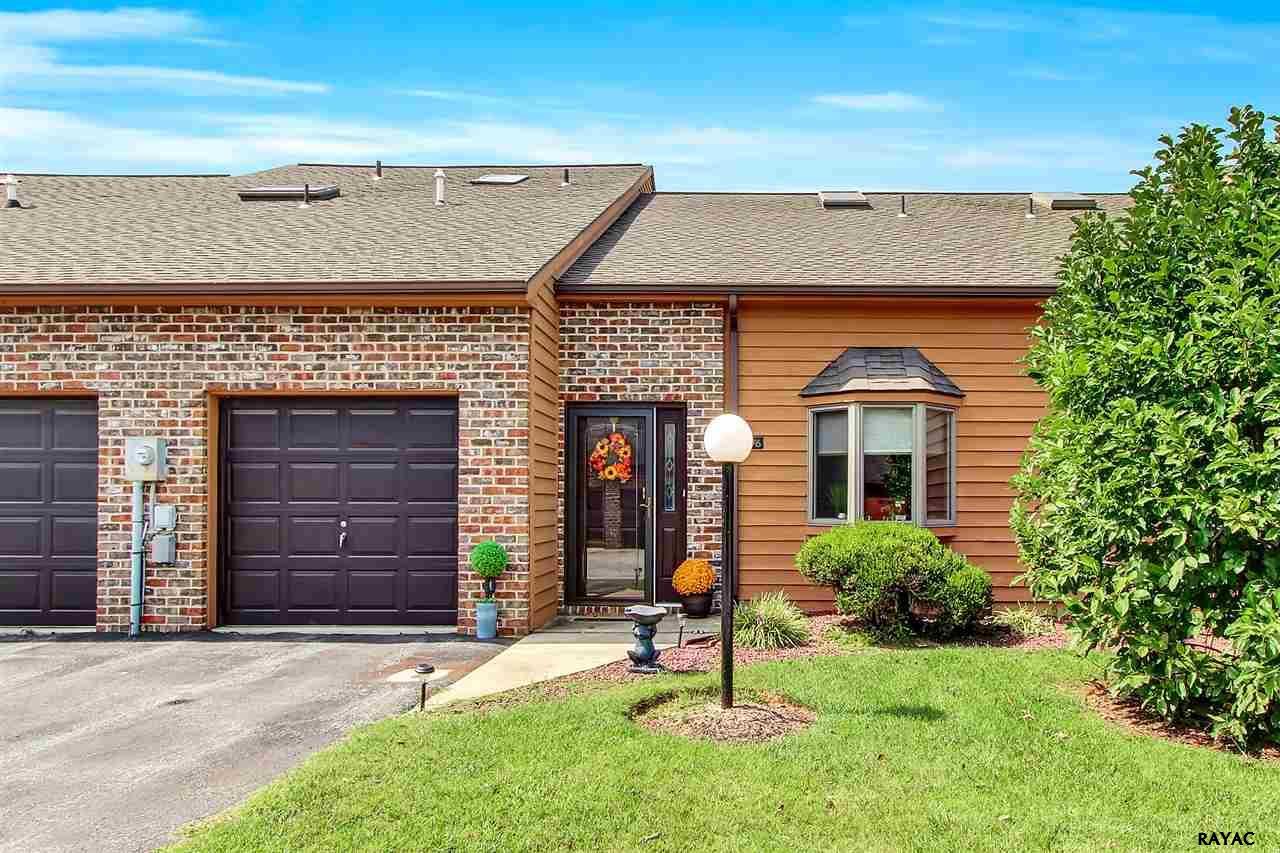 Photo of 76 Westview Manor Rd  York  PA