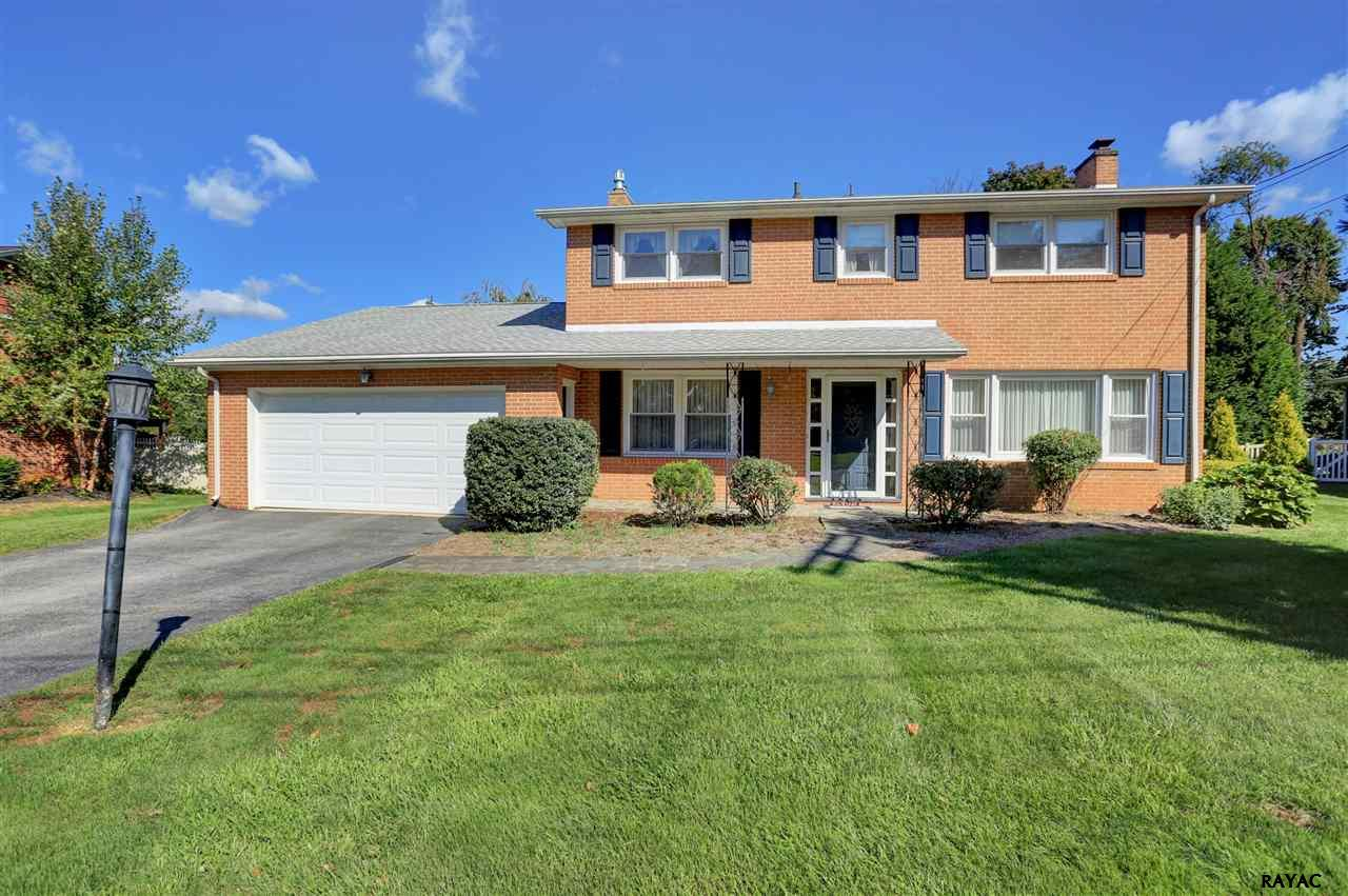 Photo of 2880 Eastwood Drive  York  PA