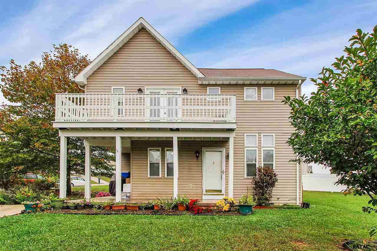 Photo of 80 Spicer Drive  Abbottstown  PA