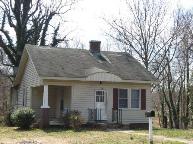 Photo of 229 CARTER STREET  Reidsville  NC