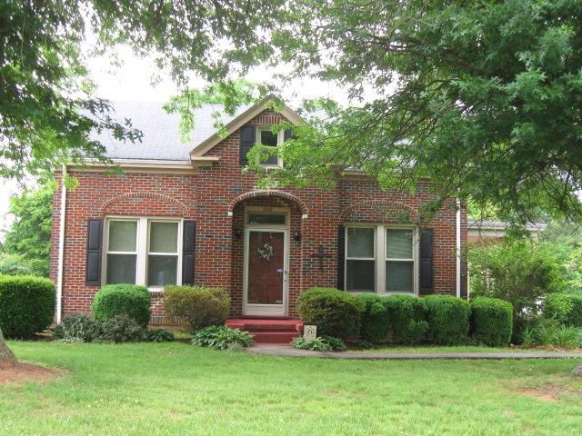 866 Main St, Yanceyville, NC 27379