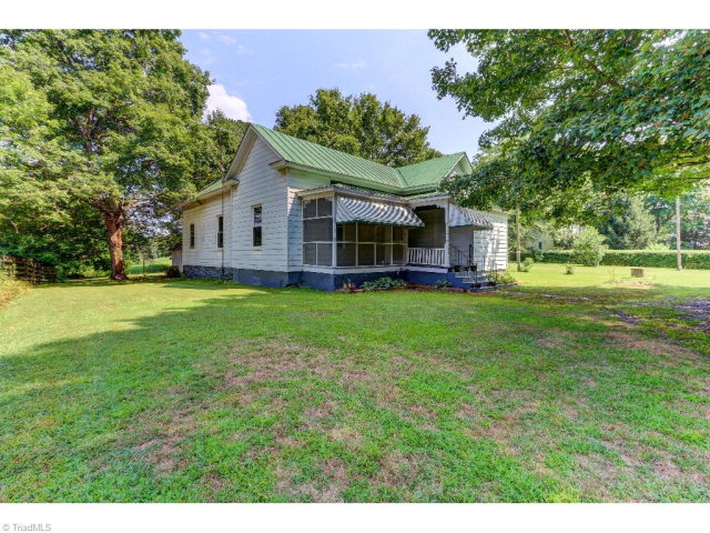 2175 Lick Fork Creek Rd, Ruffin, NC 27326