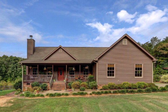 7478 Middlestream Rd, Browns Summit, NC 27214