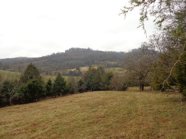 Image of Acreage for Sale near Chestnut Mound, Tennessee, in Smith county: 136.57 acres