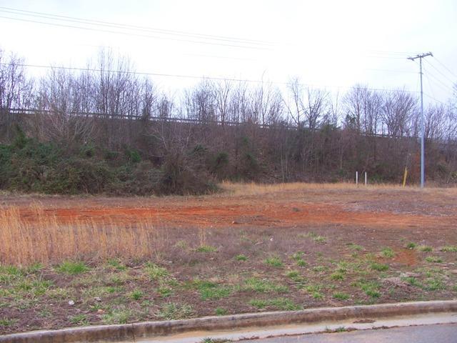 200 Harnett Ct, Clarksville, TN 37043