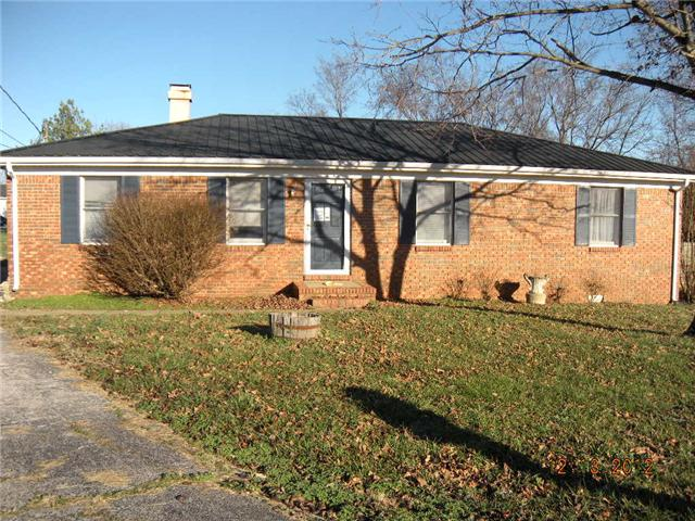 710 Pineridge Dr, Hopkinsville, KY 42240
