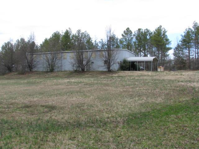 Moore Ln, New Johnsonville, TN 37134