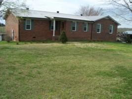 2312 Jefferson Rd, Smithville, TN 37166