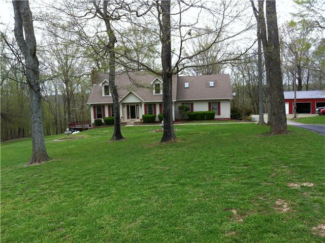 4.8 acres in Palmyra, Tennessee